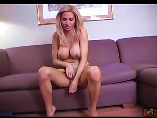 Hot Tranny Pulls It Out And Wanks Her Cock