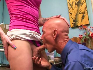 Tattooed  Tranny Chelsea Marie Blows And Gets Banged Hard