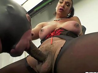 Kinky Shemale Porn Video Cock Sucking Male Slave